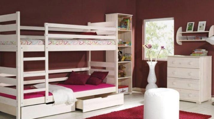 Двухярусная кровать для детей с бортиками