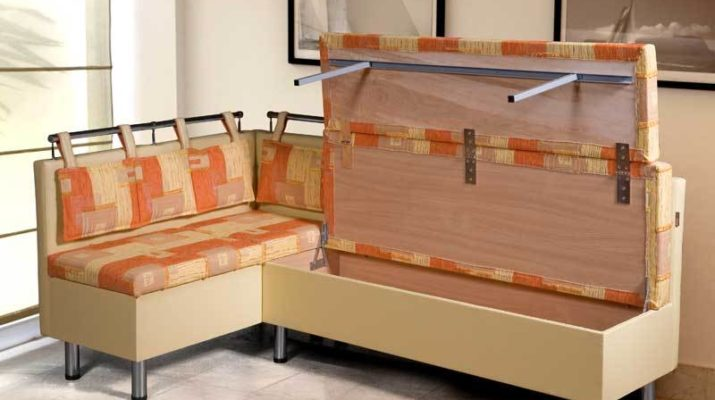 Как выбрать кухонный диван