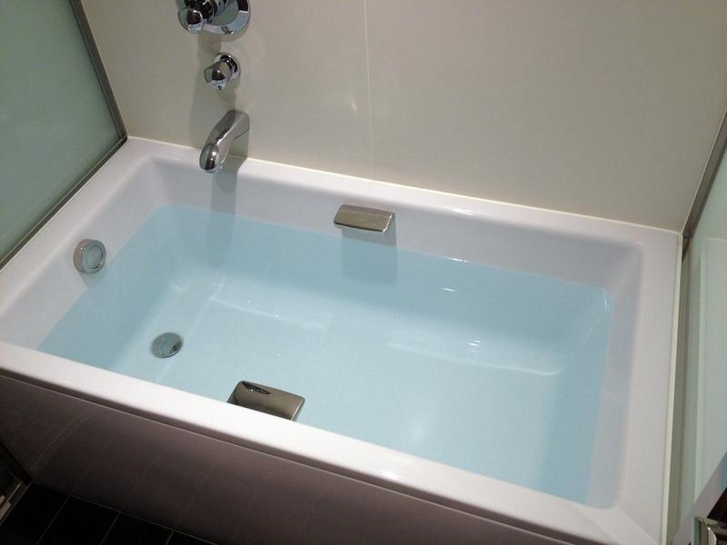 Картинки вода в ванне