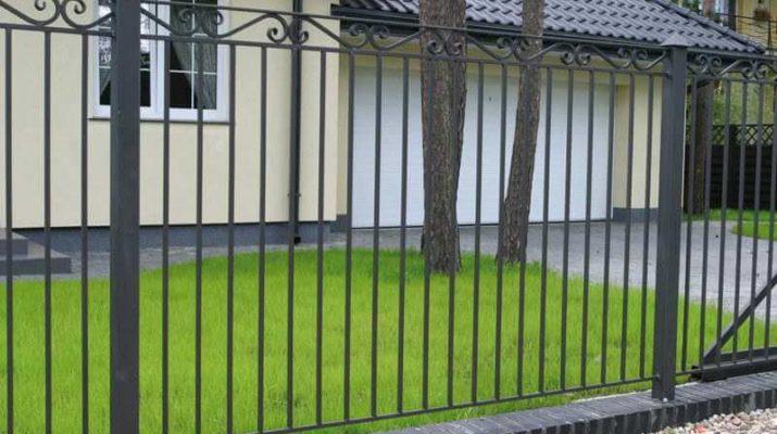 Секции из прутьев - надежный забор