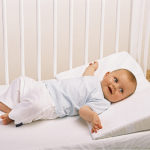 Подушка для маленького ребенка
