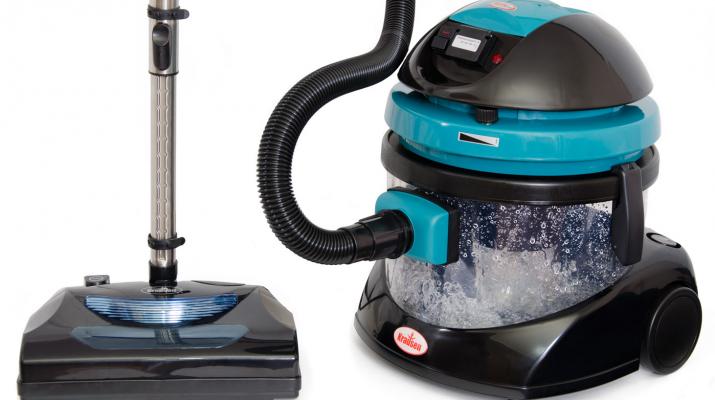Чем привлекают моющие пылесосы, их отличия от обычных моделей